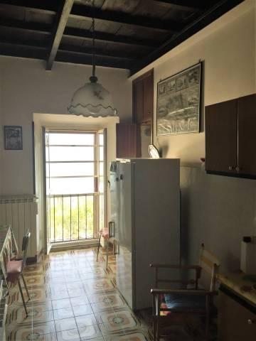 Appartamento in buone condizioni in vendita Rif. 4381528