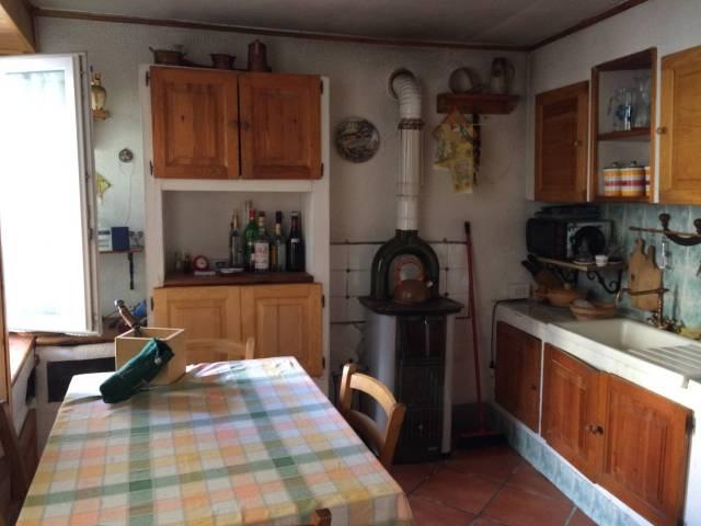 Casa Indipendente in buone condizioni parzialmente arredato in vendita Rif. 4400421