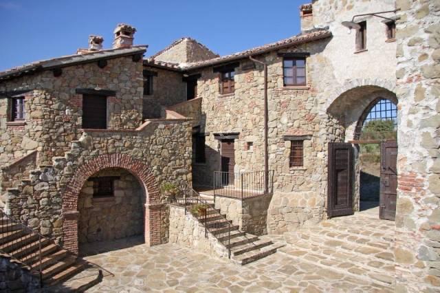 Palazzo-stabile Vendita Piegaro