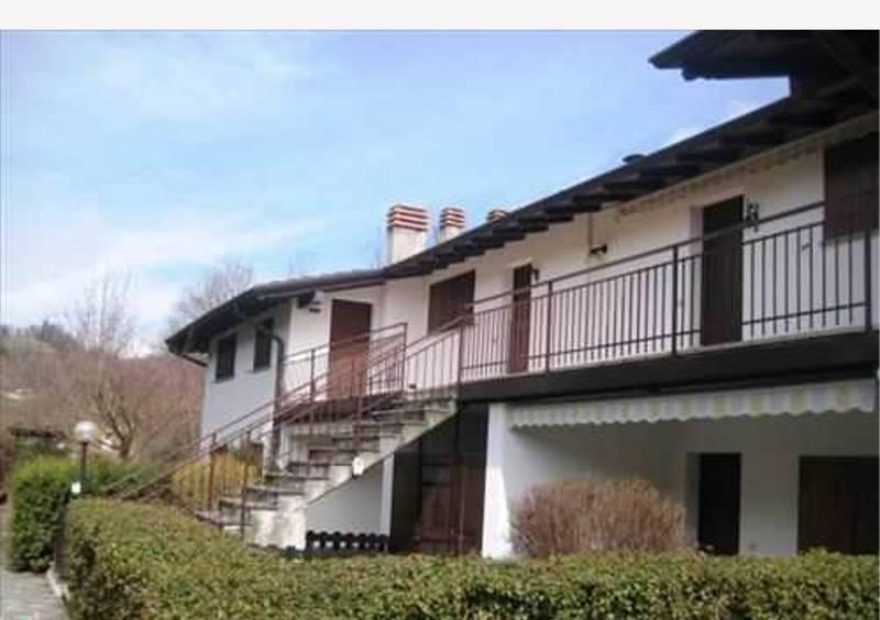 Appartamento in buone condizioni in vendita Rif. 4937899