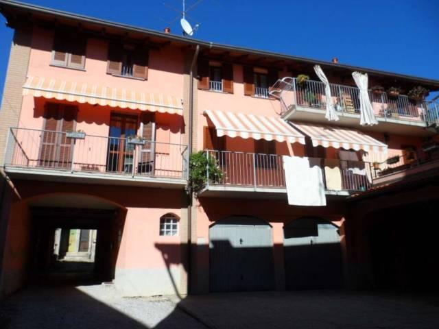 Appartamento in ottime condizioni in vendita Rif. 4602186