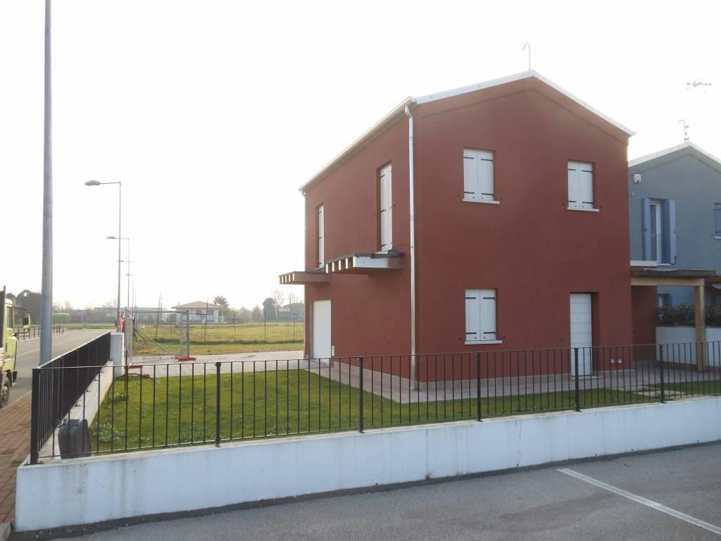 Villa in vendita a Povegliano, 4 locali, prezzo € 265.000 | CambioCasa.it