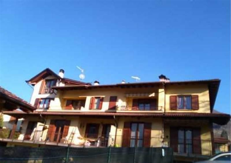 Appartamento in buone condizioni arredato in vendita Rif. 4937902
