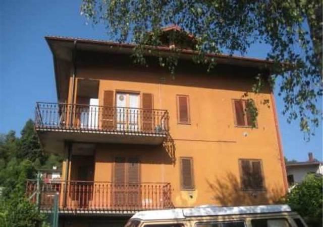Appartamento in buone condizioni in vendita Rif. 4937908