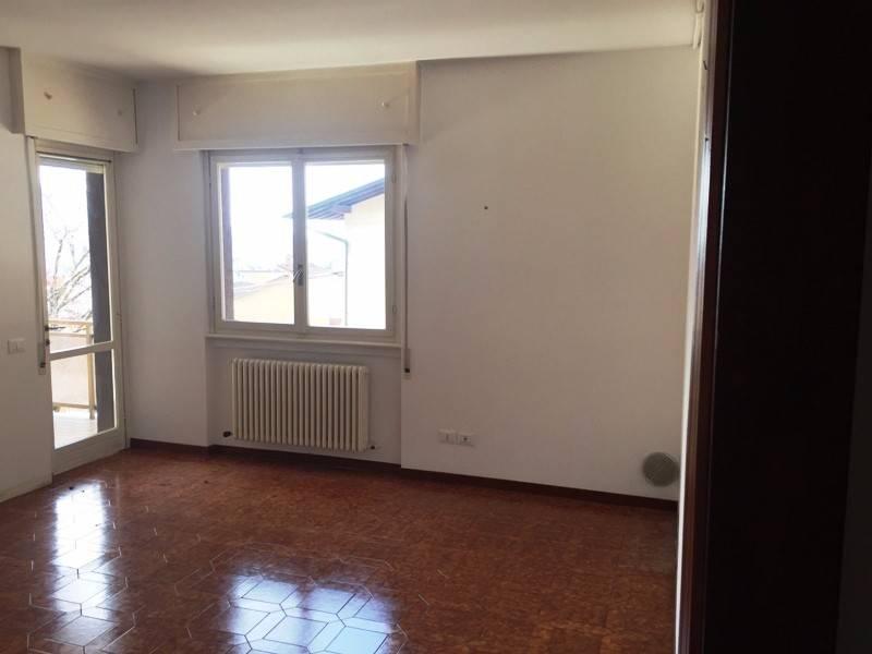 Appartamento in affitto a Albino, 2 locali, prezzo € 400 | PortaleAgenzieImmobiliari.it