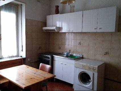 Appartamento in buone condizioni arredato in affitto Rif. 7345075