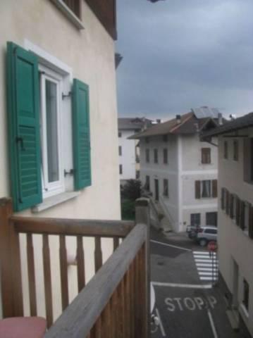 Appartamento in buone condizioni arredato in vendita Rif. 5011733