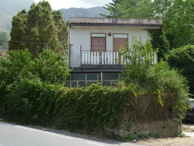 Villa in Vendita a Carini Rif.11890286