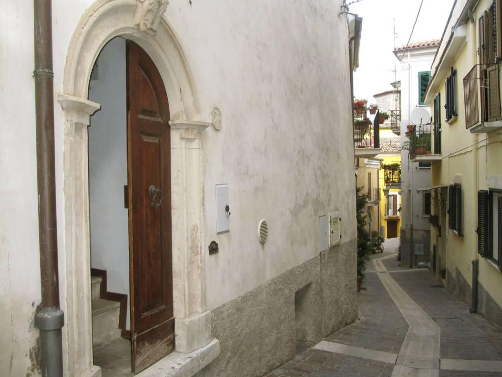 Casa indipendente centro storico di Manoppello