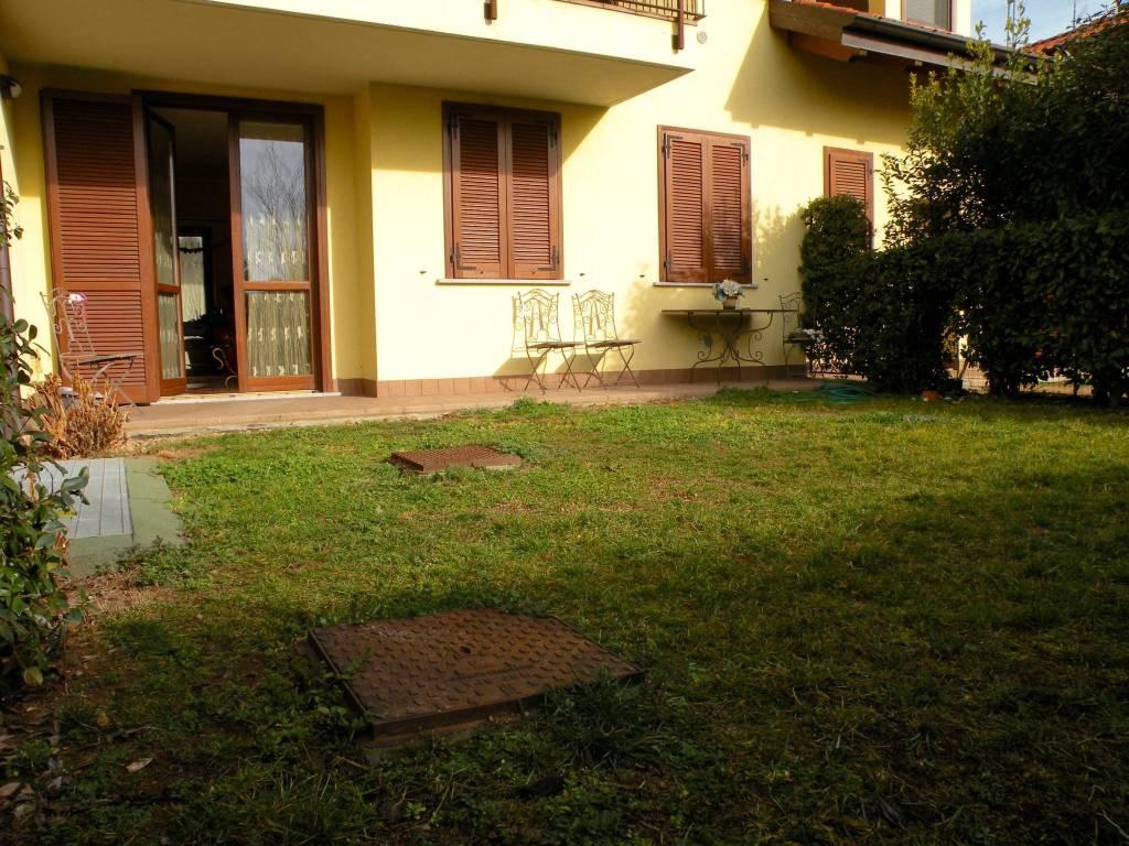 Appartamento in buone condizioni in vendita Rif. 7758069