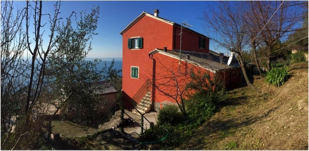 Appartamento trilocale in vendita a Pieve Ligure (GE)