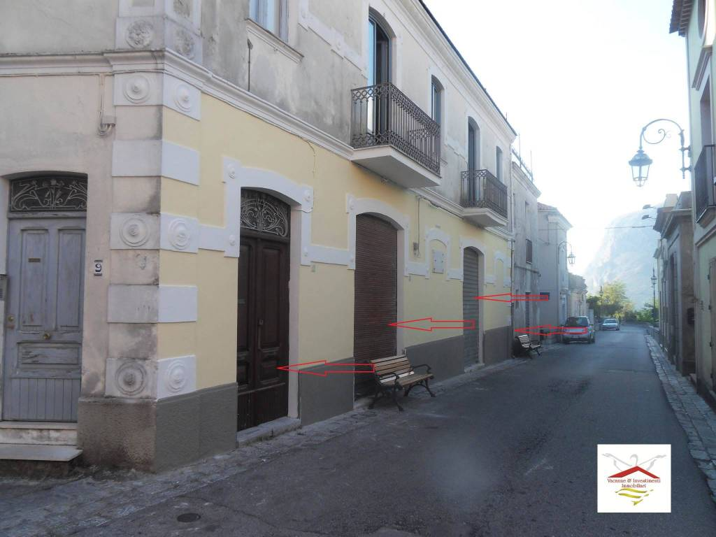 Negozio / Locale in vendita a Maratea, 4 locali, prezzo € 250.000 | CambioCasa.it