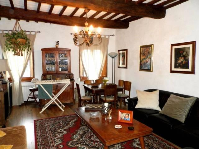 Appartamento in ottime condizioni arredato in vendita Rif. 4254209