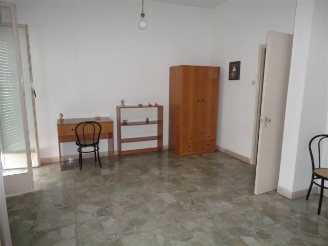 Stanza / posto letto in buone condizioni in affitto Rif. 4820301