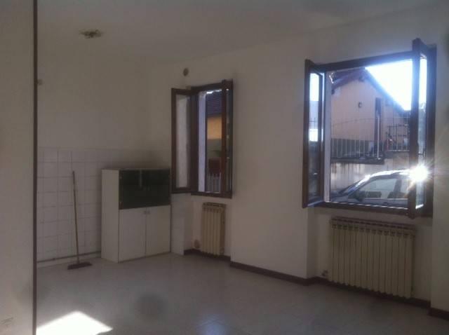 Appartamento in buone condizioni in vendita Rif. 5205461