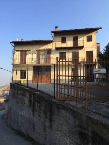Foto 1 di Casa indipendente Castellinaldo