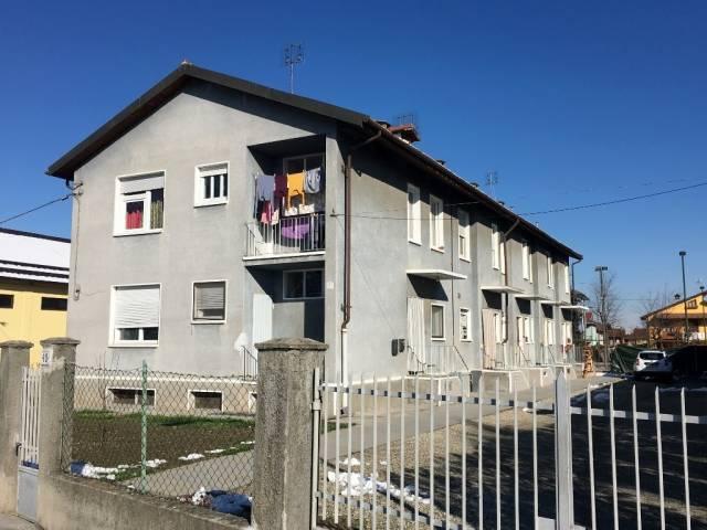 Appartamento in ottime condizioni in vendita Rif. 4540405