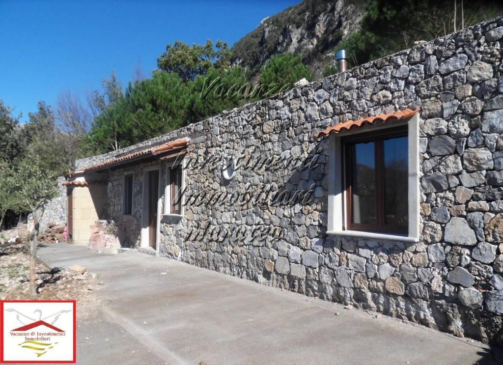 Villa in vendita a Maratea, 3 locali, prezzo € 150.000 | CambioCasa.it