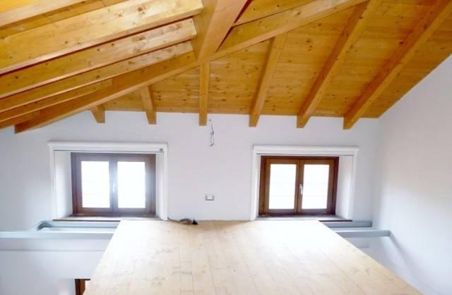 Appartamento in Vendita a Verbania Centro: 2 locali, 70 mq