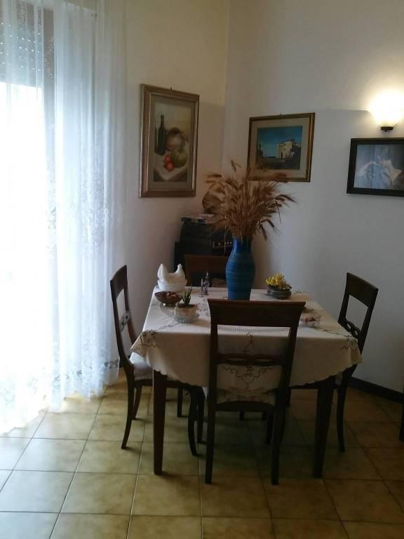 Appartamento in Vendita a Pontedera Semicentro: 4 locali, 100 mq