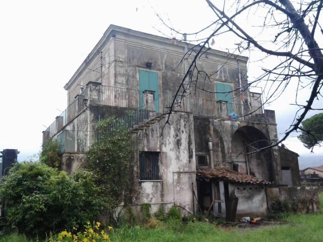 palazzo storico di fine '800
