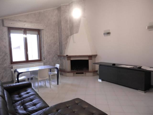 Appartamento in ottime condizioni arredato in vendita Rif. 4510527
