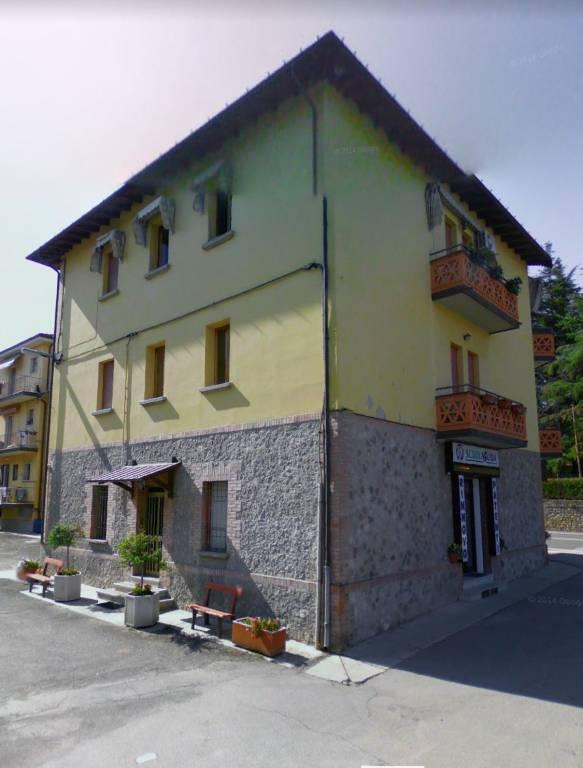 Appartamento in buone condizioni arredato in affitto Rif. 9290715