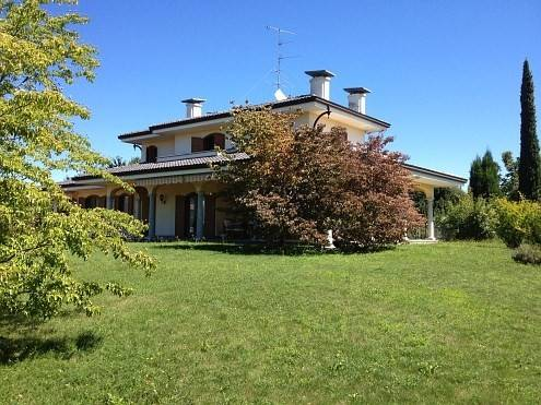 Villa in vendita a Gargallo, 6 locali, prezzo € 350.000 | PortaleAgenzieImmobiliari.it