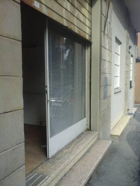 Negozio-locale in Vendita a Bologna Semicentro Ovest: 1 locali, 22 mq
