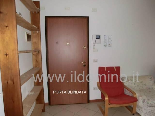 Appartamento in ottime condizioni parzialmente arredato in vendita Rif. 4855734
