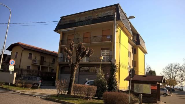 Appartamento in buone condizioni arredato in vendita Rif. 4924027