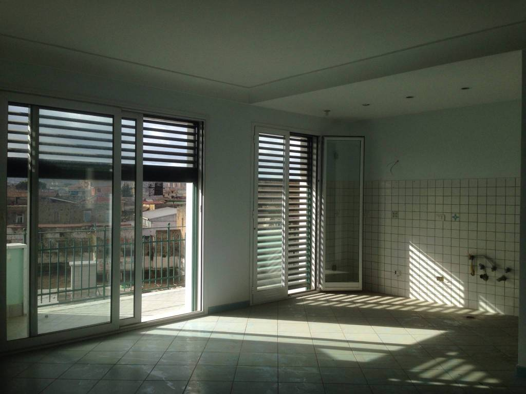 Appartamento in ottime condizioni in affitto Rif. 8639162