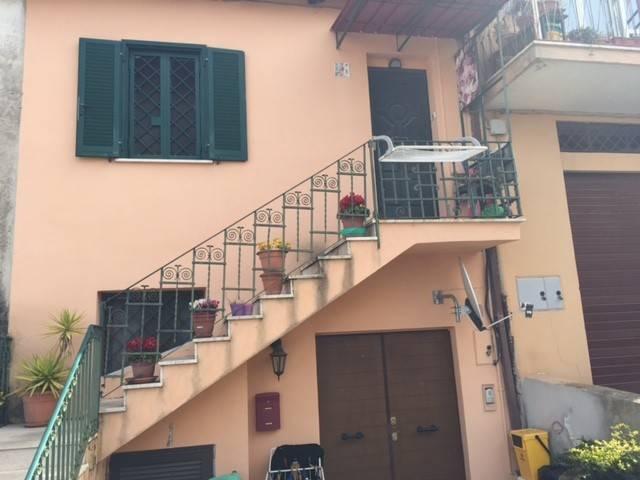 Appartamento in buone condizioni in vendita Rif. 6538571