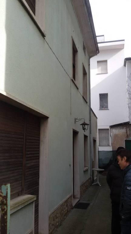 Foto 1 di Palazzo / Stabile viale Dante 5, Riccione
