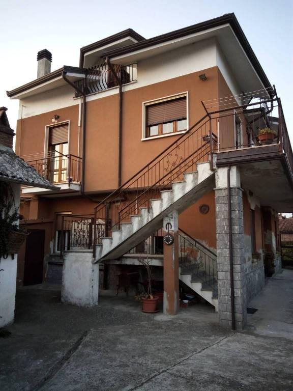Soluzione Indipendente in vendita a San Germano Vercellese, 7 locali, prezzo € 150.000 | PortaleAgenzieImmobiliari.it