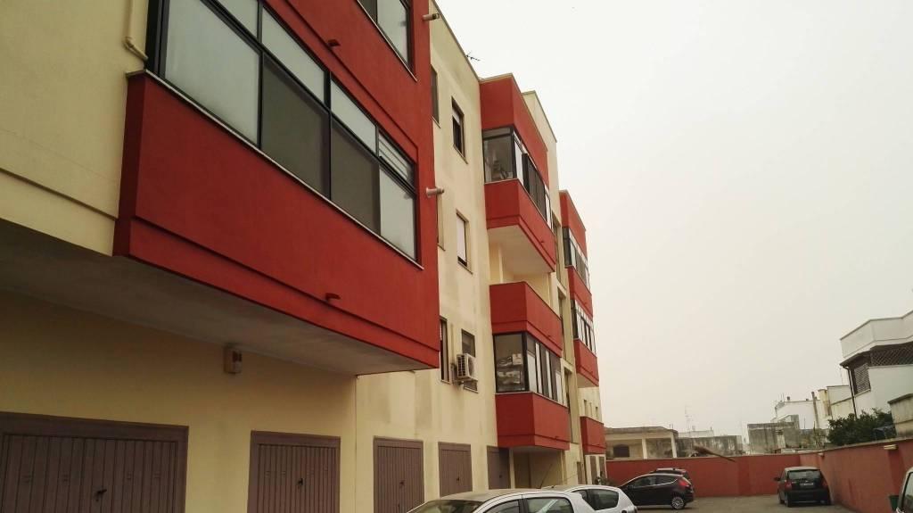 Appartamento in vendita a Salice Salentino, 4 locali, prezzo € 108.000 | CambioCasa.it