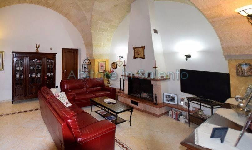Villa in vendita a Castrignano del Capo, 5 locali, prezzo € 270.000 | CambioCasa.it