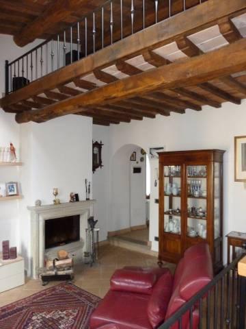 Casa Indipendente in ottime condizioni parzialmente arredato in vendita Rif. 4585789