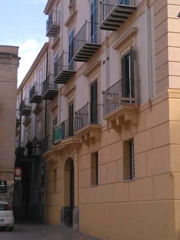 Palazzo in Vendita a Palermo Centro: 5 locali, 1029 mq
