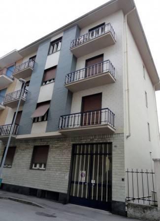 Appartamento in buone condizioni in affitto Rif. 6922191