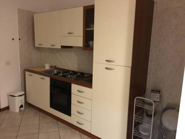 Appartamento in ottime condizioni arredato in affitto Rif. 4401284