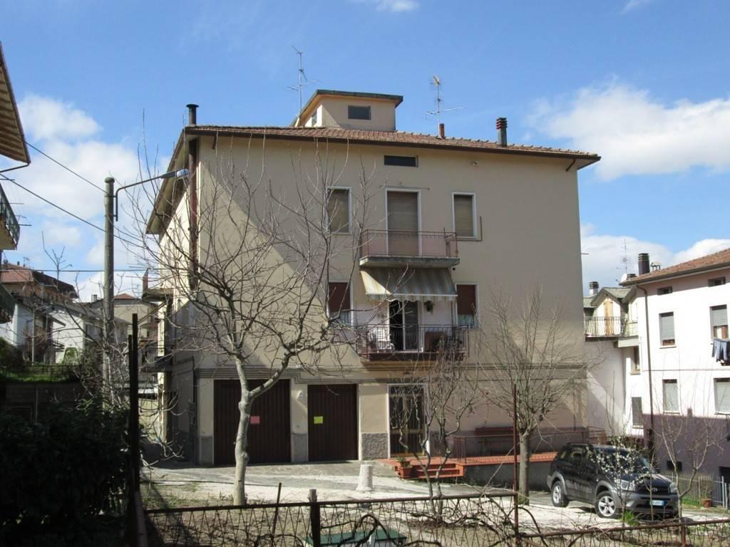 Appartamento in buone condizioni parzialmente arredato in vendita Rif. 7847544