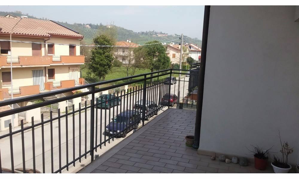 Appartamento in vendita a Poggio Torriana, 3 locali, prezzo € 150.000 | PortaleAgenzieImmobiliari.it