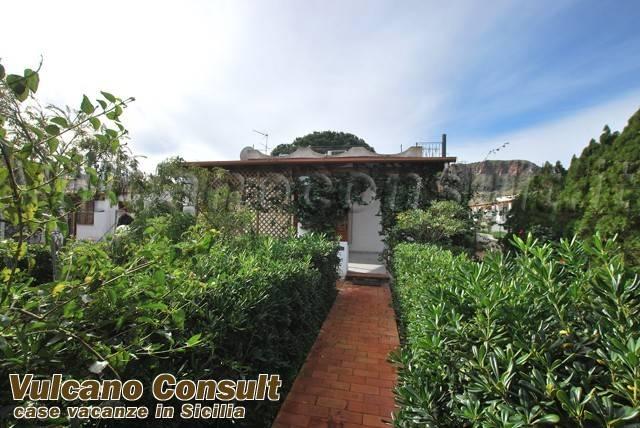 Appartamento in vendita a Lipari, 3 locali, prezzo € 300.000   CambioCasa.it