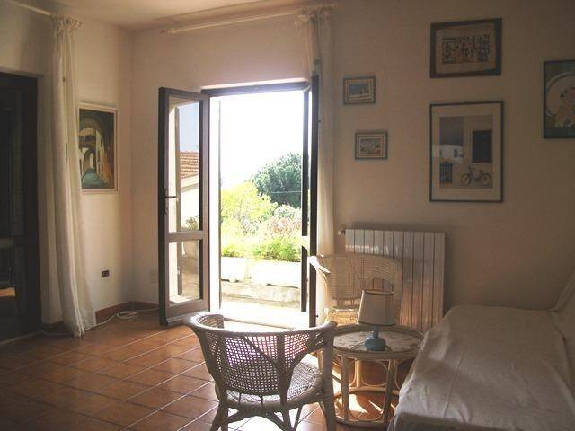 Casa Indipendente in buone condizioni parzialmente arredato in vendita Rif. 4992623