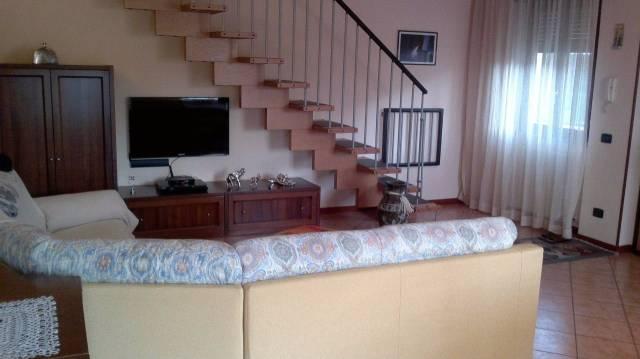 Appartamento in vendita a Tavernerio, 3 locali, prezzo € 195.000 | CambioCasa.it