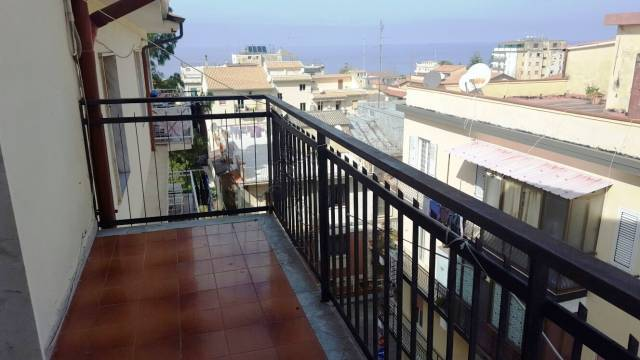 Proponiamo in vendita appartamento a Tropea in zona centrale