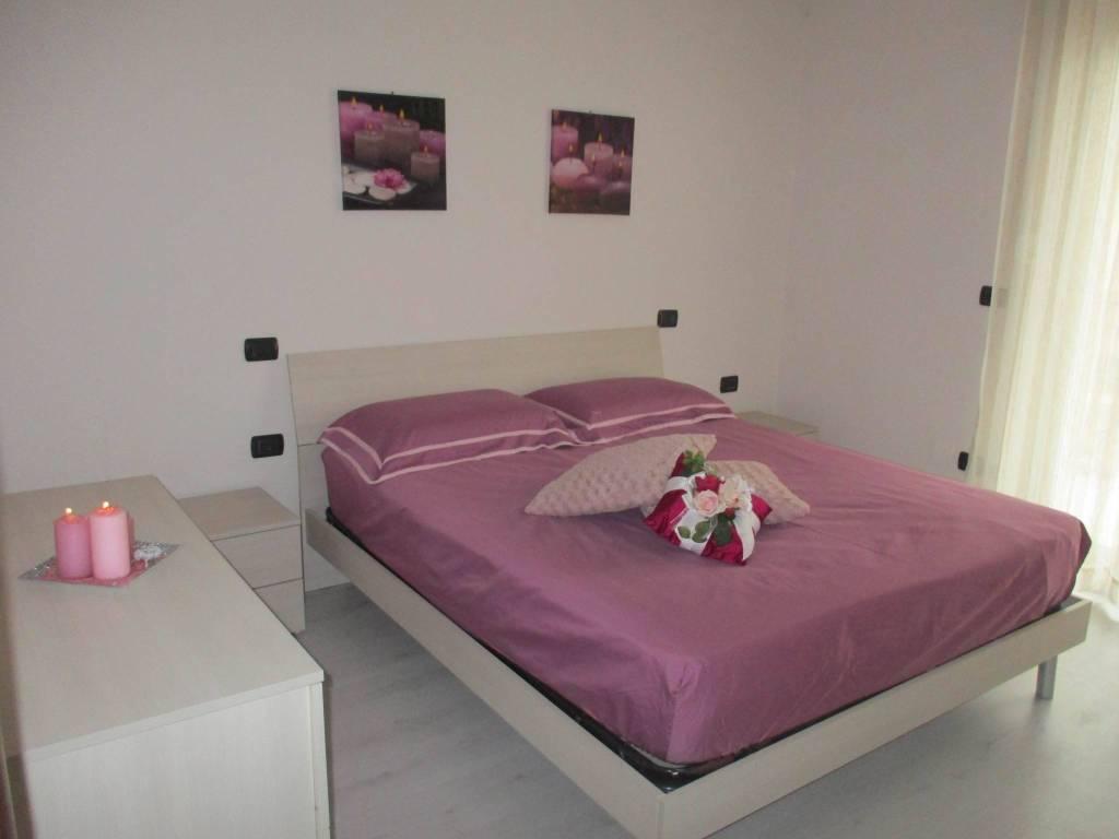 Appartamento in ottime condizioni arredato in affitto Rif. 7541397