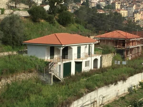 Villa in vendita a San Biagio della Cima, 6 locali, prezzo € 410.000 | CambioCasa.it