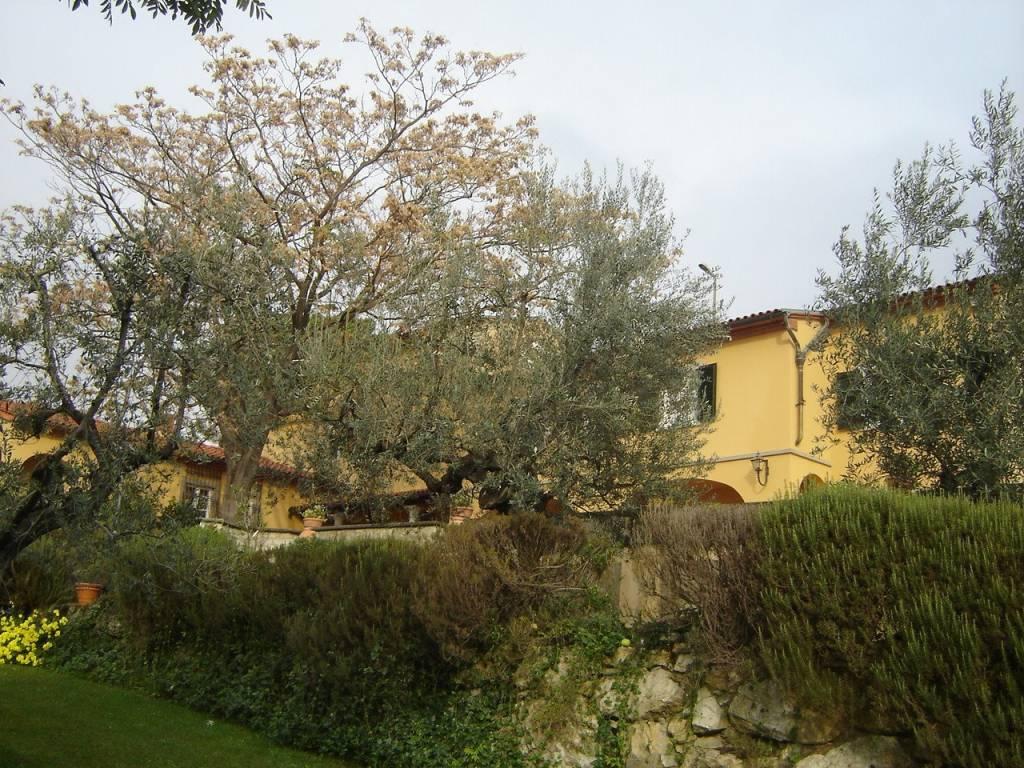 Villa in buone condizioni in vendita Rif. 7899632